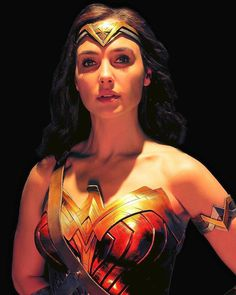 """""""Showing some appreciation to this image of Gal Gadot as Wonder Woman for Justice League. Wonder Woman Pictures, Wonder Woman Art, Wonder Woman Movie, Gal Gadot Wonder Woman, Wonder Women, Batman Begins, Marvel Dc, Diana, Greek Warrior"""