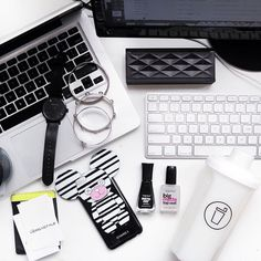Today's desk situation with double screens & keyboards, my @iphoriaworld phone case, @thefifthwatches and @shakeitsocial to stay hydrated!  #themonochromelife #onmydesk #flatlay #flatlayapp #flatlays