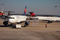 Airline: Delta Airlines Aircraft: Airbus 319-114 Airport: Hartsfield–Jackson Atlanta International Airport