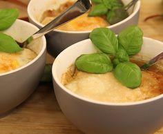 Zuppa alla Pavese met asperges