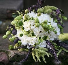 Bouquet with hops....I want another wedding just so I can have this!