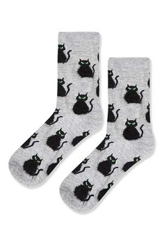 Look to cute prints for your feet in these ankle socks featuring black Halloween fluffy cats. Halloween Socks, Halloween Outfits, Holiday Outfits, Halloween Clothes, Fluffy Socks, Fluffy Cat, Topshop Socks, Anime Plus, Tennis Socks