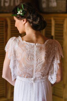 Gorgeous Bridal Hair Inspiration | Elias Kordelakos Photography | Bridal Musings Wedding Blog 39
