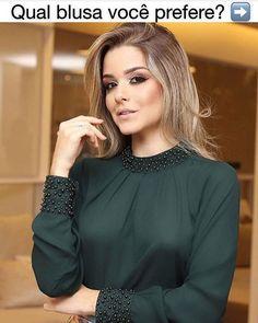 Muslim Fashion, Hijab Fashion, Fashion Dresses, Blouse Styles, Blouse Designs, Kurti Sleeves Design, Business Casual Outfits, Mode Hijab, Stylish Dresses