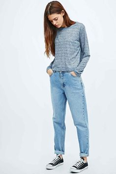BDG Mom Jeans. Okay, don't ask why but I need some mom jeans now. LOVE this look!