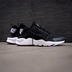 Nike wmns Air Huarache Run Ultra: Black/White