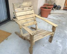 Wooden pallet patio chair