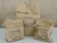 Carimbo   Sandra Abreu   1D1443 - Elo7 Brownie Packaging, Paper Packaging, Packaging Design, Diy Bag Gift, Bike Food, Paper Bag Design, Soap Labels, Candy House, Jute Bags