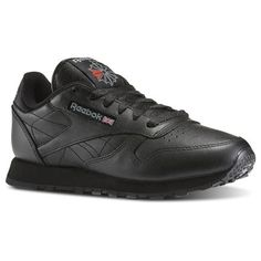 Reebok Shoes Women s Classic Leather in Black Size 8.5 - Retro  Running ca75dcc0f508