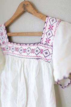 Vintage blanco Oaxaca mexicano túnica top mini vestido bordado