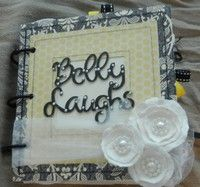 Mini Album to document your pregnancy. Would make a great baby shower gift