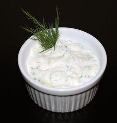 Eating Clean, Getting Lean: Clean Eating Tzatziki Sauce