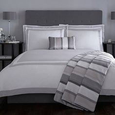 Inspired by the most luxurious hotel bedrooms, this bed linen is designed by Jasper Conran and typical of his refined and contemporary style. In pure cotton, it features a combination of elegant grey and white panel and border detailing for the ultimate in chic sophistication.