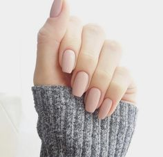 Nude nails, square