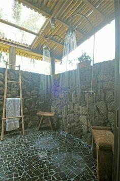 Outdoor Bathrooms 452048881343961615 - Adorable 99 Inspiring Outdoor Bathroom Design Ideas Source by fabiolaibanez Indoor Outdoor, Outdoor Baths, Outdoor Bathrooms, Outdoor Spaces, Outdoor Living, Chic Bathrooms, Rustic Outdoor, Bathroom Vanities, Outside Showers