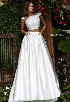 Shop prom dresses and long gowns for prom at Simply Dresses. Floor-length evening dresses, prom gowns, short prom dresses, and long formal dresses for prom. Two Piece Wedding Dress, Prom Dresses Two Piece, Pretty Prom Dresses, Sherri Hill Prom Dresses, Cheap Evening Dresses, Cheap Prom Dresses, Homecoming Dresses, Formal Dresses, Wedding Dresses