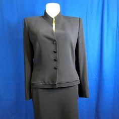 70% off #AlbertNipon Blk 2 Piece Blazer/Skirt Suit Sz 16 #sophisticatedladyboutique's closet on #Poshmark      #Sale #deals #hotitems #onlineboutique #onlineshopping #womensclothing #discountsale #salesevent #greatgifts #giftsforher #fashion #buzz #trending    https://poshmark.com/listing/Albert-Nipon-Black-2-Piece-BlazerSkirt-Suit-Size-5a5c2d5745d8f68b025df568