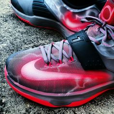 Lightning inspired Nike KD7. Bago Customs · Custom Sneakers ee3cf558d