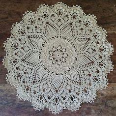 Napperon texturé Pineapple song : Textiles et tapis par le-crochet-d-arwennn