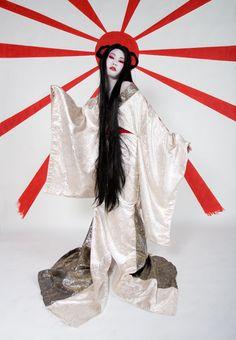 amaterasu - japanese Sun Goddess