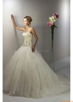 Cap Wedding Dresses