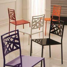 Dizem.... que são as cores que dão sentido a vida!!  Cadeira Elle Linha Modele Devant Moveis!  #bomdia #decoradores #arquitetos #cadeirascoloridas #paixãoporcadeiras #contemporâneo