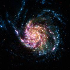 La galaxia NGC 5457 (M101), conocida como la galaxia del molinete, es una galaxia en espiral que se ubica en la constelación de la Osa Mayor. Es aproximadamente 70% más grande que nuestra Vía Láctea, con un diámetro de cerca de 170 mil años luz y se encuentra a una distancia de 21 millones de años luz.