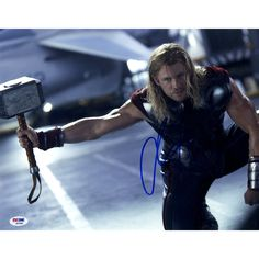 Chris Hemsworth Signed 11x14 Thor Photo Horizontal with Hammer (PSA/DNA)