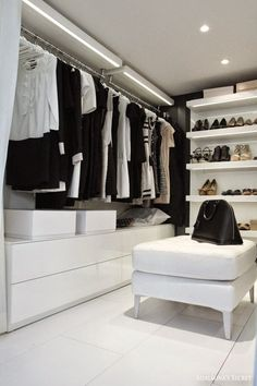 The best of luxury closet design in a selection curated by Boca do Lobo to inspire interior designers looking to finish their projects. Discover unique walk-in closet setups by the best furniture makers out there Dressing Room Closet, Wardrobe Closet, Closet Bedroom, Dressing Rooms, White Wardrobe, Minimal Wardrobe, Walk In Closet Design, Closet Designs, Bedroom Designs