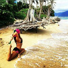 #BoobieShack with @mymojoyoga  #trucker #hat #yoga #yogainstructor #follow #lifestyle #lifestylebrand #embraceitshareit #stayfit #vital #health #connected #nature #brand #clothing #happy #hawaii #ALOHA #Maui by boobieshack