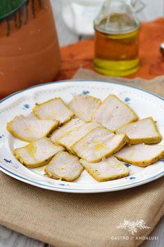 Lomo de Orza receta de úbeda Spanish Food, Pork Recipes, Quiche, Feta, Camembert Cheese, Bread, Food And Drink, Cooking, World