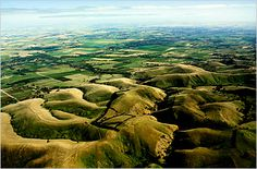 Google Image Result for http://www.guideoftravels.com/wp-content/uploads/2011/10/Barossa-Valley.jpg