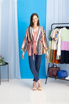 autumn | autumn outfit | spring outfit | summer outfit | autumn fashion | womensoutfit | casual outfit | women autumn outfit | womens top | blue pants | striped kimono | colorful kimono | handbag | heeled sandals | creamy sandals | fashion inspo | outfit inspo #ootd #factcooloutfit
