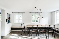 Bauernhaus Moorenweis: klassische Esszimmer von BUERO PHILIPP MOELLER