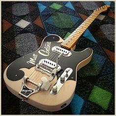 Creamy old school, une Telecaster vintage par TK Smith. Retrouvez des cours de guitare d'un nouveau genre sur MyMusicTeacher.fr