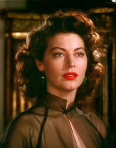 Ava Gardner was never more lovely than she was in Pandora and the Flying Dutchman (Albert Lewin, Hollywood Music, Old Hollywood Stars, Old Hollywood Glamour, Vintage Hollywood, Classic Hollywood, Hollywood Photo, Hollywood Actresses, Grace Kelly, Ava Gardner Photos