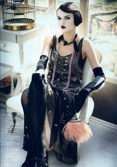 Great 1920s style with goth flavour