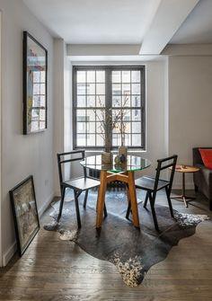 Jurnal de design interior - Amenajări interioare : Perete glisant într-o garsonieră de 36 m²