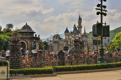 HKDL Oct 2012 - Halloween in Central Plaza | Flickr - Photo Sharing!