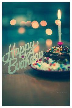 Everybody Please go wish @Katarina Marjanovic Hamilton  a happy birthday she will be linked in the comments!!!