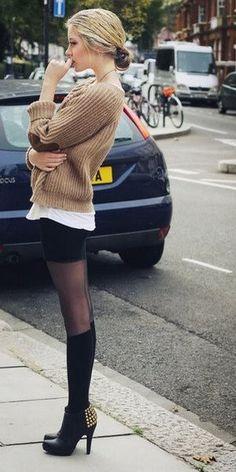 秋冬のこなれ感は「靴下コーデ」で出す!大人女子こそ靴下でカジュアルダウンを狙って★ - NAVER まとめ