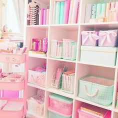 Great way to use open IKEA or other shelving for an office/craft room Study Room Decor, Teen Room Decor, Room Ideas Bedroom, Bedroom Decor, Cute Room Ideas, Cute Room Decor, Craft Room Storage, Room Organization, Otaku Room
