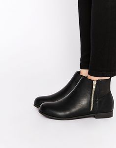 BOUGHT! Finally ound the perfect ones. Lets hope they fit well =) Truffle Collection Bio Zip Flat Ankle Boots