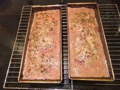Grov, hjemmelaget leverpostei Brita, Meatloaf, Banana Bread, Tasty, Baking, Desserts, Cook, Tailgate Desserts, Deserts