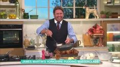 Yorkshire Pudding Gravy, Yorkshire Pudding Batter, Chef James Martin, Mr Martin, James Martin Yorkshire Puddings, Tv Chefs, Onion Gravy, Roast Dinner, Marmite