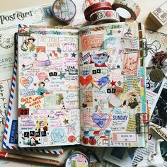 Midori Traveler's Notebook pages - gorgeous inspiration for keeping a travel journal. Ideas and techniques for keeping a sketchbook, art journal, or scrapbook while on the road Art Journal Pages, Journal Ideas, Art Journals, Journal Entries, Wreck This Journal, Creative Journal, Scrapbook Journal, Bullet Journal Inspiration, Smash Book