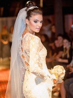 Vestidos para o inverno - 1 (© Inverno também tem diversas opções de estilos para as noivas Foto: Divulgação Chanel)