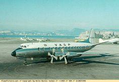 Momento História - Os Viscount da VASP: pioneiros turboélices no Brasil - AeroBlogJoi O novo modelo foi designado posteriormente de Viscount V-700, e voou pela primeira vez em 28 de agosto de 1950.