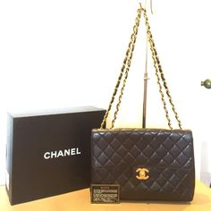 927e631152a3 Just showing 🎀 Authentic Chanel Classic Flap Authentic Vintage Chanel  Classic Flap Black Lambskin w/