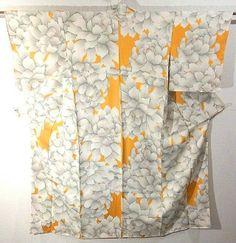 Glamorous White Botan Pattern Komon Kimono